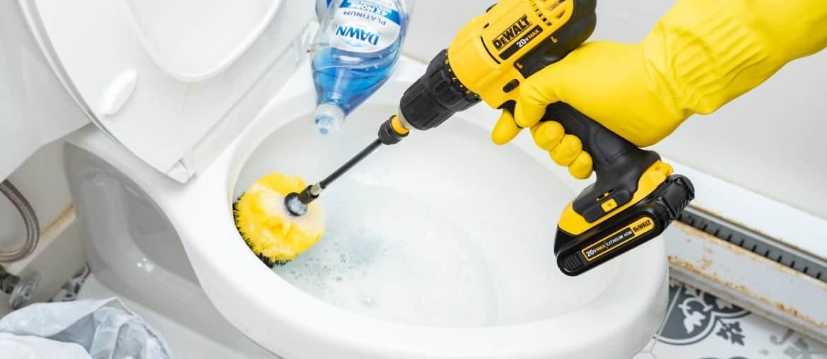 13 Amazing Bathroom Cleaning Methods