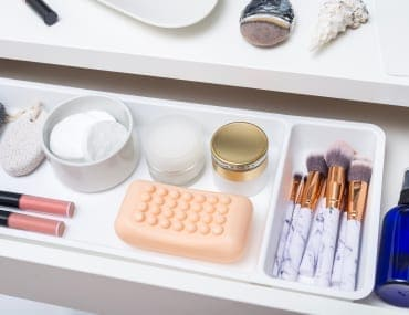 10 Practical Ways to Declutter and Organize Your Bathroom